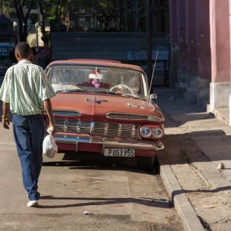 Kuba: Ein Land zwischen zwei Zeiten