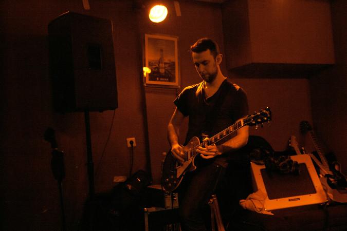 Gitarrist Martin Schmidt (Foto: Janin Tscheschel)